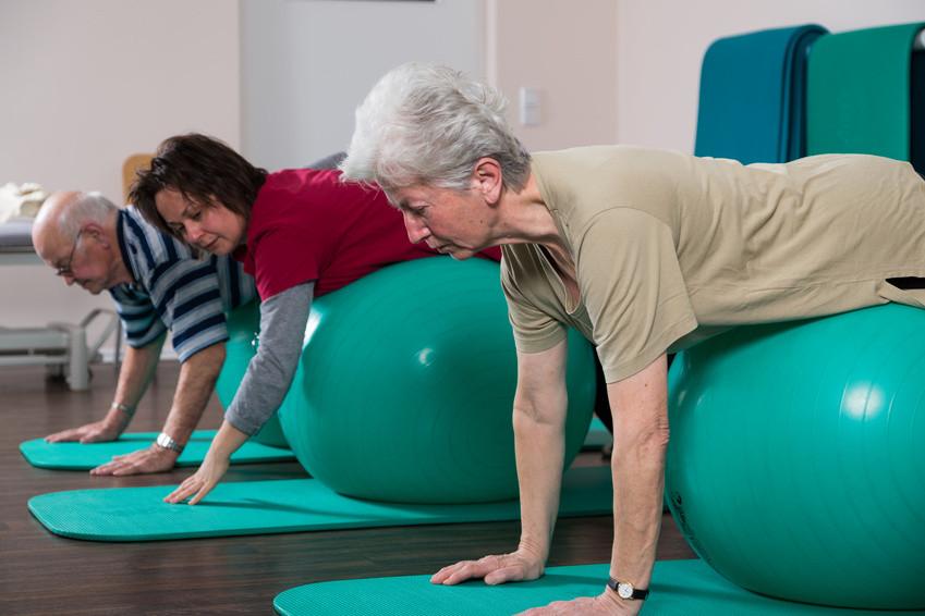 Die Trainingseinteilung für jedes Alter: Training für 60-70 Jahre